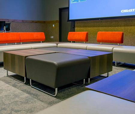 Ocean5 lounge6 Hub
