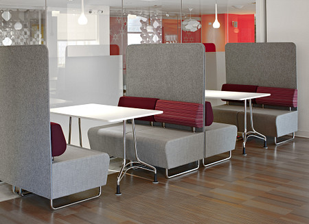 HubSeating&PrivacyScreens EnliteTables cafe
