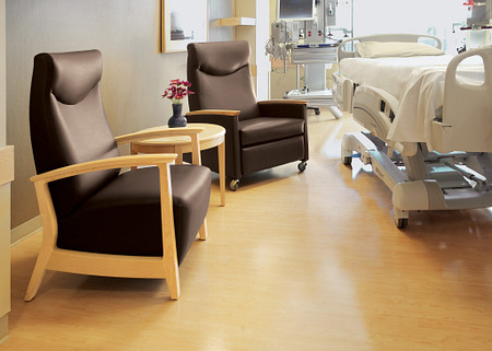 AtlantiCare Hospital Room Soltice Patient Ch Recliner Flex