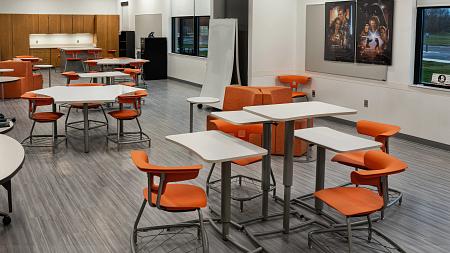 FayetteCPS STEAM Classroom RuckusDesksChairs Pillar CZ C-Table