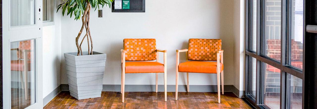 Affina Guest Chair