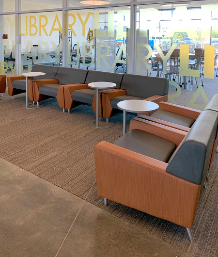 LosMedanos lounge3 MyWay CTable