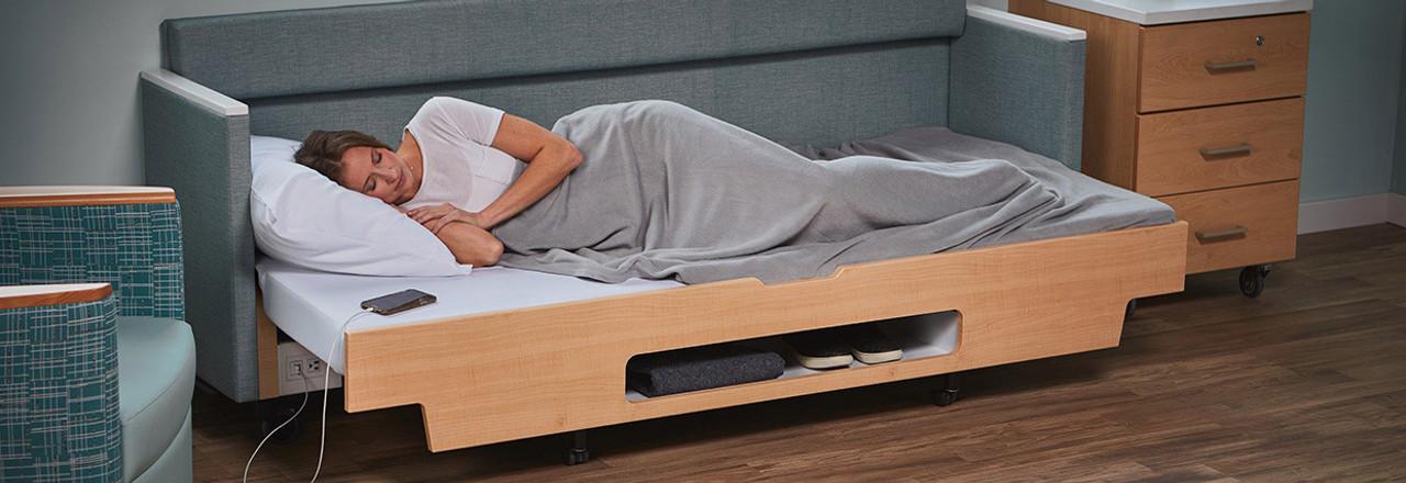 Hiatus Sleeper Bench
