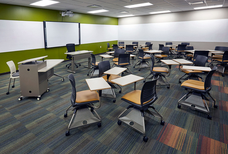 Featuring Learn2 Seating and Instruct Desks