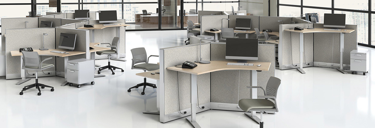 WorkUp Height-Adjustable Tables
