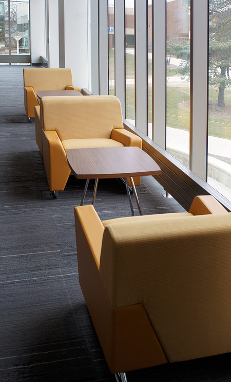 HarperCollegeLibrary MyWayLoungeSeating