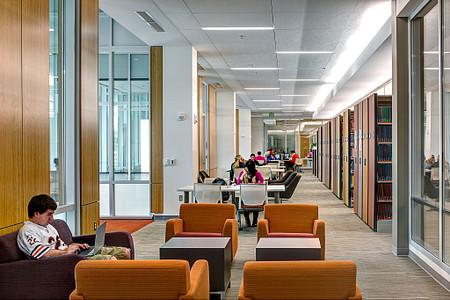 WesternMichiganUniversity Sela library students2