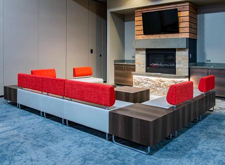 Ocean5 lounge3 Hub